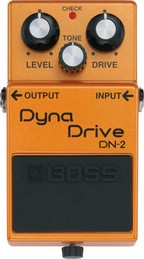 BOSS DN-2  PEDALE EFFETTO