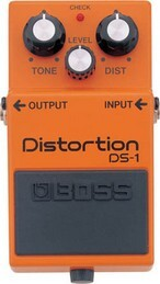 BOSS DS-1  PEDALE EFFETTO